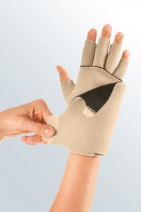 circaid_juxtafit_glove_dorsum_strap_135_sba